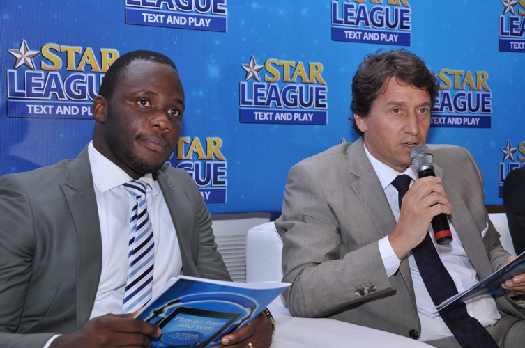 (L-R) Marketing Director, Nigerian Breweries Plc, Walter Drenth, and the Brand Manager Star, Obabiyi Fagade at the unveiling of Star League text and play consumer promo in Lagos