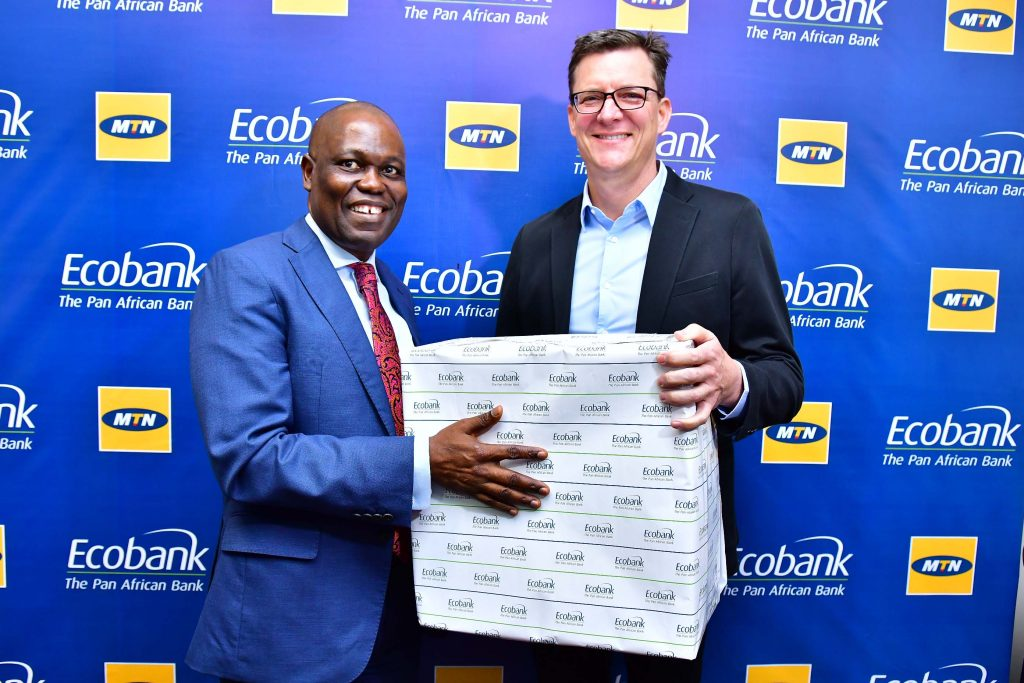 L-R: GCEO Ecobank, Ade Ayeyemi and GCEO MTN Group, Rob Shuter