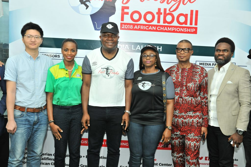 L-R: Mr Scofield Wu, Manager, GAC Motors Africa; Jumoke Oyewole-Lawuyi, Brand Manager, Sprite; Valentine Ozigbo; Chairman, Feet 'n' Tricks International; Mary-Callista Ozigbo; Iheanyi Nzekwe; Distributors of Scavi & Ray; Mr Fela Ibidapo, Divisional Head, Communications, Heritage Bank, during the Press Conference to announce the commencement the call for entries for Freestyle Football 2018 African Championship in Lagos Recently